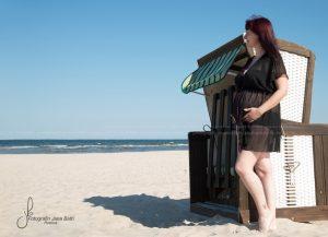 babybauch-outdoor-schwangerschaft-babymurmel-babybauchfotos-janabath-rostock_11