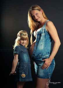babybauch-outdoor-schwangerschaft-babymurmel-babybauchfotos-janabath-rostock_22