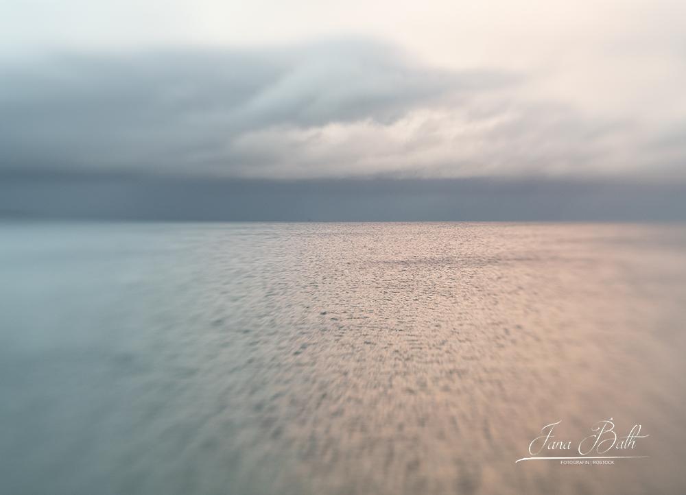 Der Blick aufs Meer. Ein entspannter Fotowalk entlang der Ostseeküste vor Warnemünde. Foto Jana Bath 2020